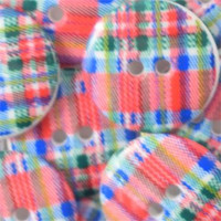 Red Tartan Buttons - 18 mm | Dill