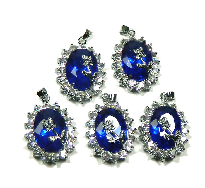 5 Flower Pendants 22x30mm Cobalt Blue with Clear Rhinestones