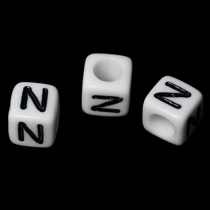 """100 Letter """"N"""" Black on White Acrylic Alphabet Cube Spacer Beads 6mm Approx 1/4 Inch"""