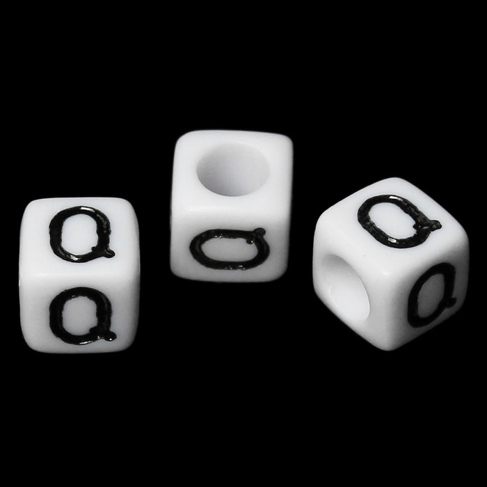 """100 Letter """"Q"""" Black on White Acrylic Alphabet Cube Spacer Beads 6mm Approx 1/4 Inch"""