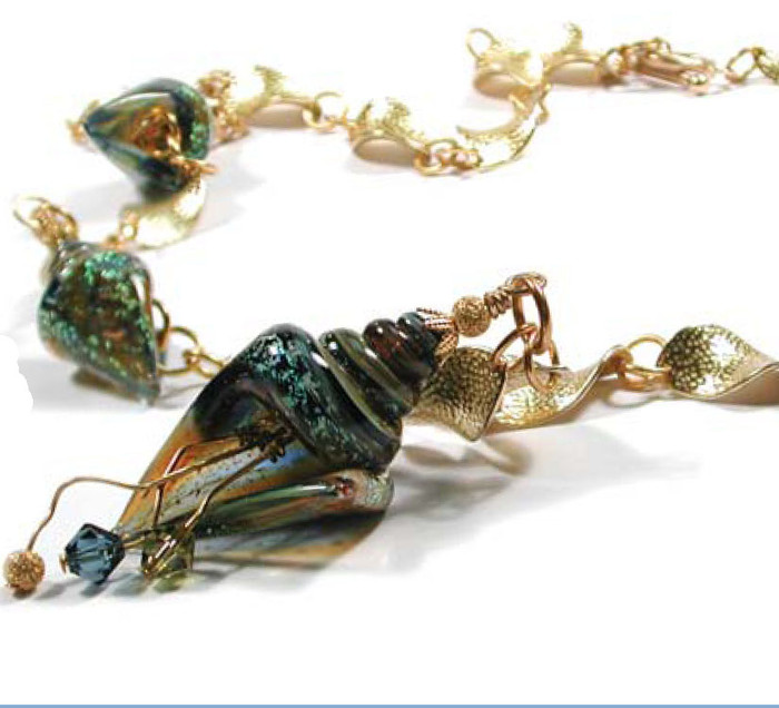 TWISTIN BY THE SEA NECKLACE Free Jewelry Instructions Complements of The BeadSmith