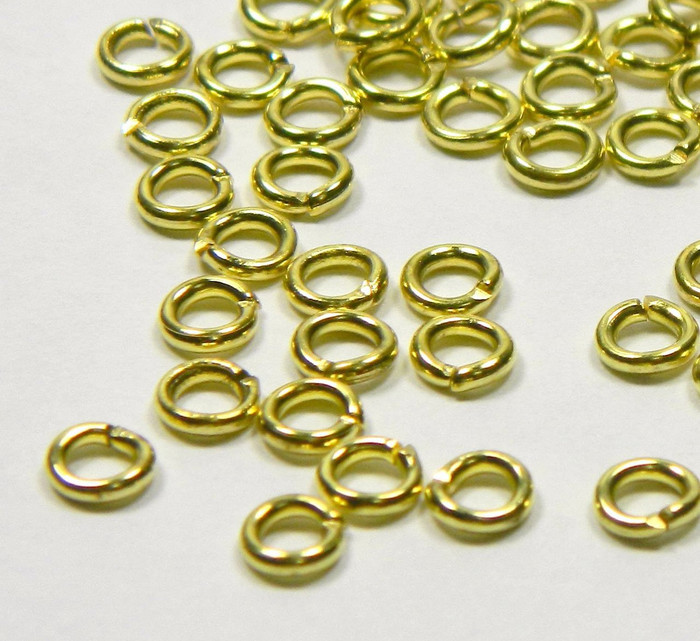 100 Jump Rings, Brass, 4.5mm Round, 18 Gauge Open
