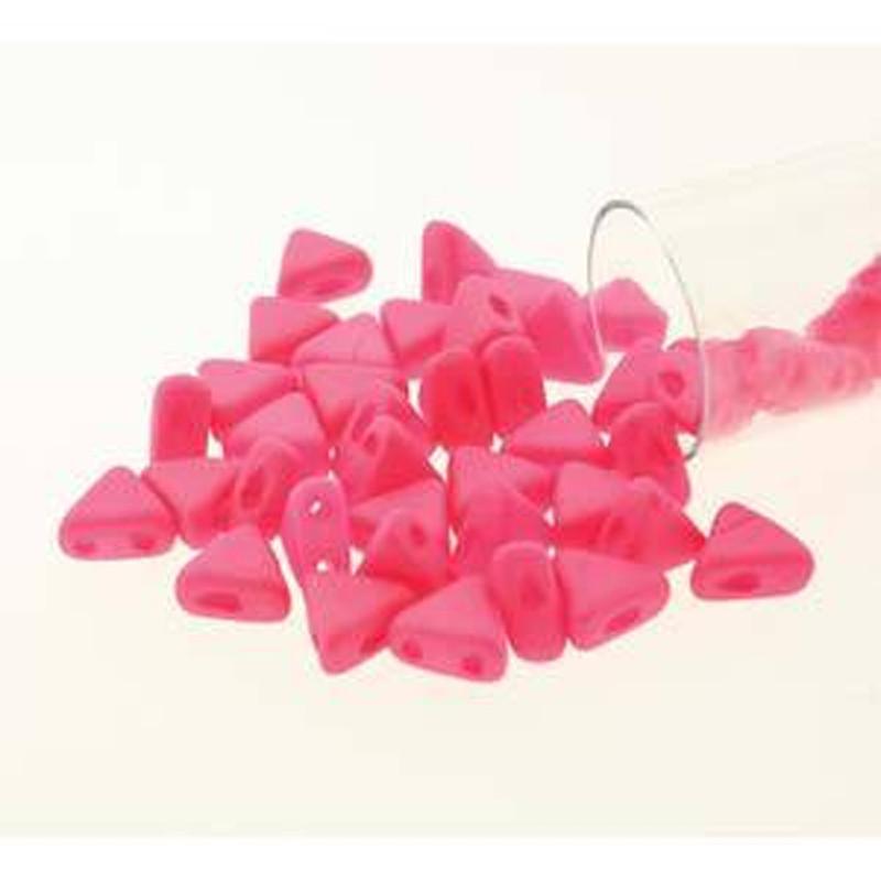 Coral Silk Mat 9 Gm Kheops Par Puca 6mm 2 Hole Triangle Czech Glass Beads KHP06-02010-92606-TB