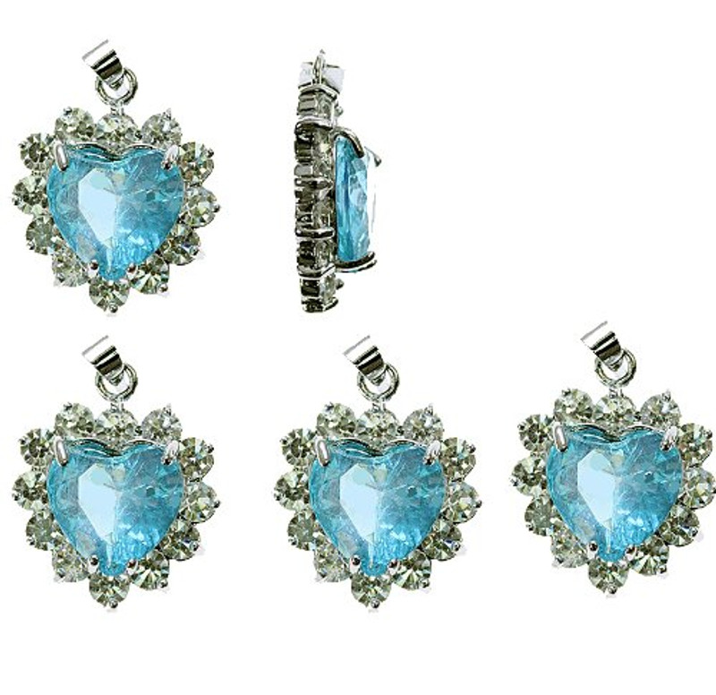 5 Heart Pendants 20x20mm Turquoise Blue with Clear Rhinestones