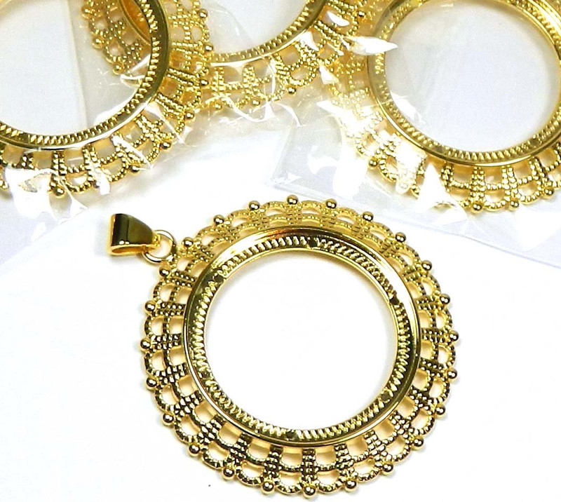 4 Gold-plated Fits 38mm Round Cabochon Pendant Setting. Sold Per Pkg of 4
