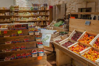 Market at Mausanne les Alpilles, Provence
