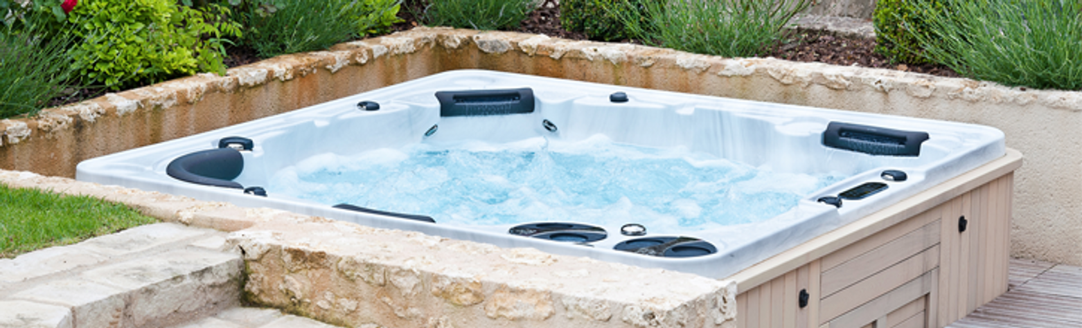 8 Ways to Lower the Monthly Cost of Running Your Hot Tub