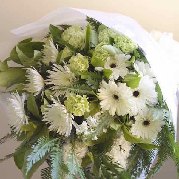 funeral-flowers-macquarie-park-cemetery-crematorium.jpg