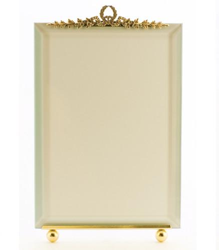 La Paris Garland 8 x 10 Inch Brass Picture Frame - Vertical