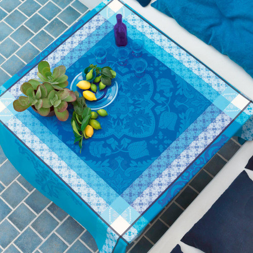 Le Jacquard Francais Azulejos Blue china Tablecloth 69 x 98 Inch