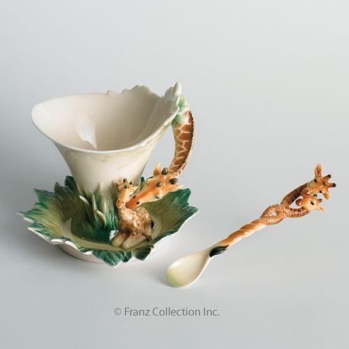 Franz Porcelain Giraffe Cup Saucer Spoon Set FZ00450