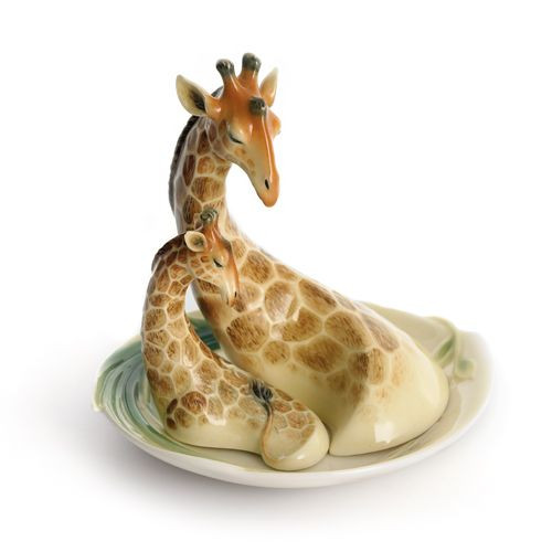 Franz Porcelain Giraffe Salt & Pepper Shakers FZ01122