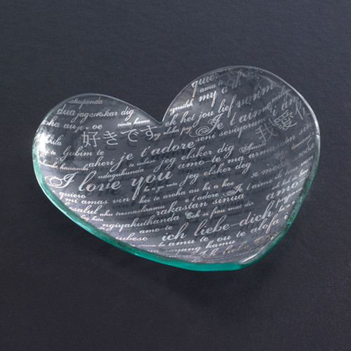 Annieglass Hearts Plate Sweet Nothings 7 Inch - Platinum MPN: CSH206P
