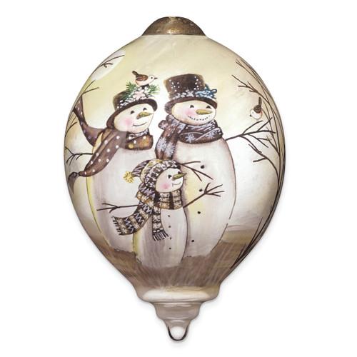 Ne'Qwa Sarah Summers Snow Family Ornament GM13904