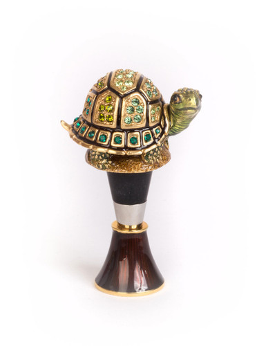 Jay Strongwater Evan Turtle Wine Stopper and Stand Natural SDH6615-280