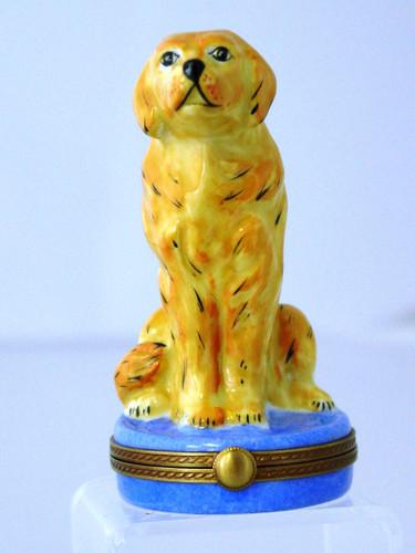 Chamart Round Golden Retriever Limoges Box 98\159