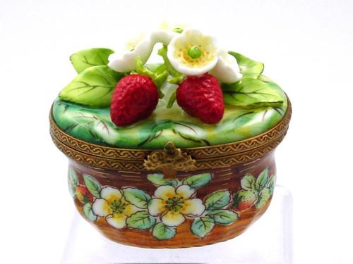 Chamart Basket Strawberry Blossom Limoges Box AC05-001