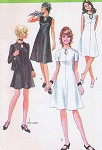 70s Simplicity 9204 Vintage Sewing Pattern KEYHOLE neckline Flared Dress Regular or Mini Length Retro Style Vintage Sewing Pattern Bust 34 FACTORY FOLDED