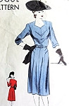 1940s Lovely Dress Pattern Vogue 9281 Seam Interest Daytime or After 5 Dress Bust 34 Vintage Sewing Pattern