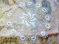 Antique Victorian Fine Irish Crochet Lace Doily Raised Roses Pine Wheel Center Just Beautiful Romantic Cottage Decor