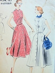 1950s FRONT BUTTON DRESS PATTERN FITTED BODICE, SEVEN GOREED SKIRT, SMALL PETER PAN COLLAR  VOGUE 7655
