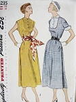 1950 DRESS PATTERN BIB SHAPED YOKE, 2 SLEEVE STYLES SIMPLICITY 3235