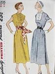 1950 DRESS PATTERN BIB SHAPED YOKE, 2 SLEEVE STYLES SIMPLICITY 3235
