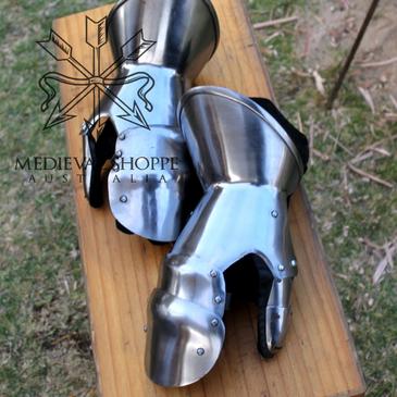 Medieval Steel Gauntlets