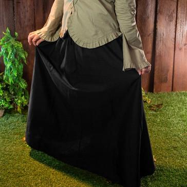 Black Tavern Skirt (Medium)