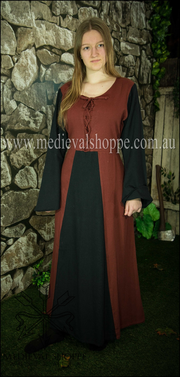 Medieval Dress - Renaissance Costume