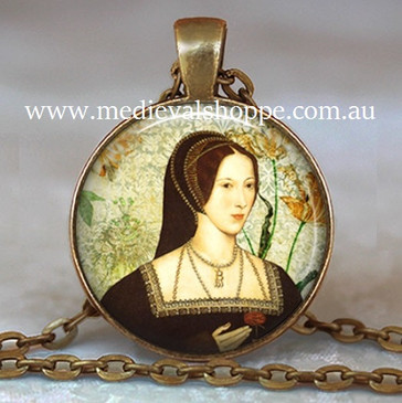 Anne Boleyn Pendant & Chain