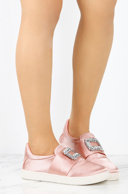 Walk On - Pink