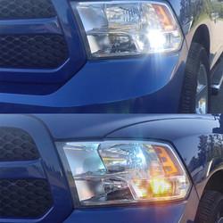 2009 - 2017 Dodge Ram Reflector-Style Front LED Turn Signal Bulb Kit - SWITCHBACK (White/Amber)