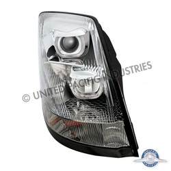 United Pacific 31264 Chrome Volvo VN / VNL 2004+ Projection Headlight - Passenger Side