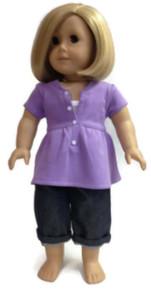 Trendy Purple Top and Denim Capris
