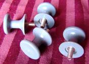 Traulsen Shelf Support Clips Fine Screw In 4 Pack NEW #1665