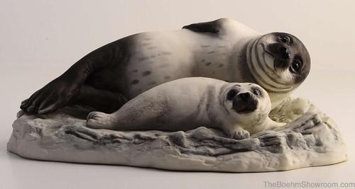 Boehm Seal With Pup Hallmark 20117