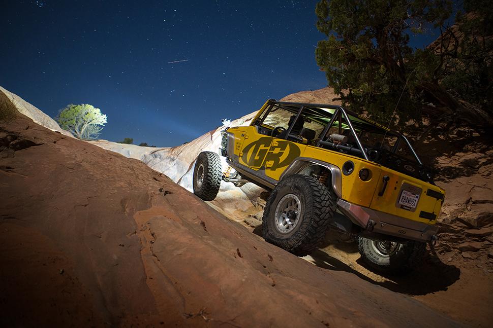 tmoto-moab-night-01-2-web.jpg