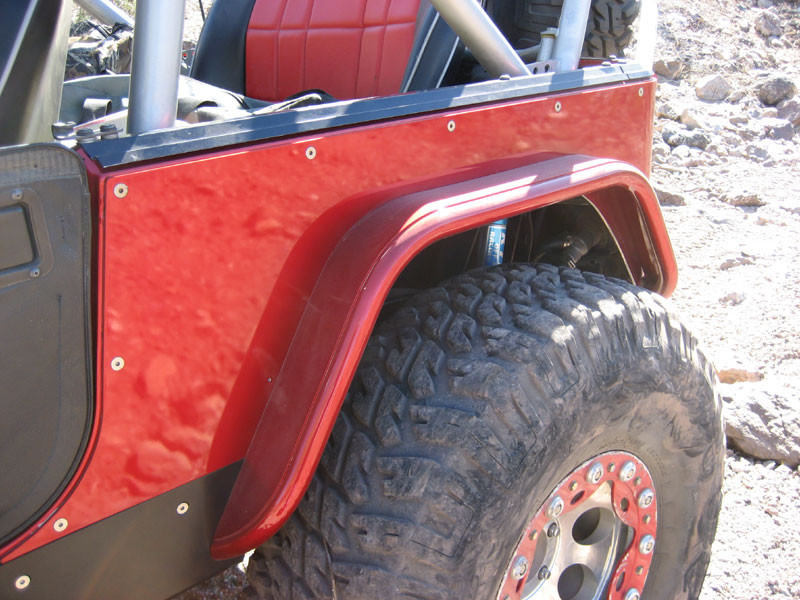 "This is the GenRight 4"" rear flare with a 40"" MTR tire."