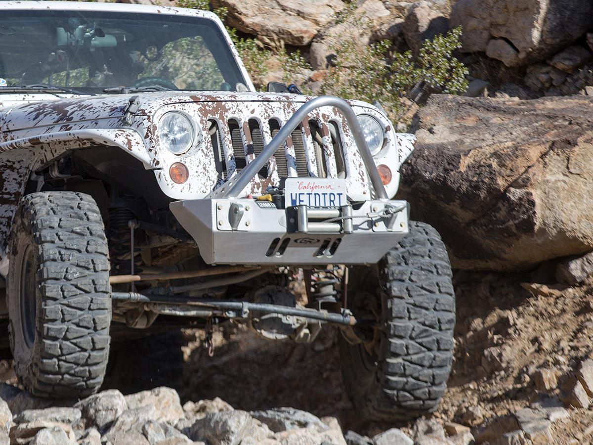 JK Boulder Stinger Front Bumper - Aluminum