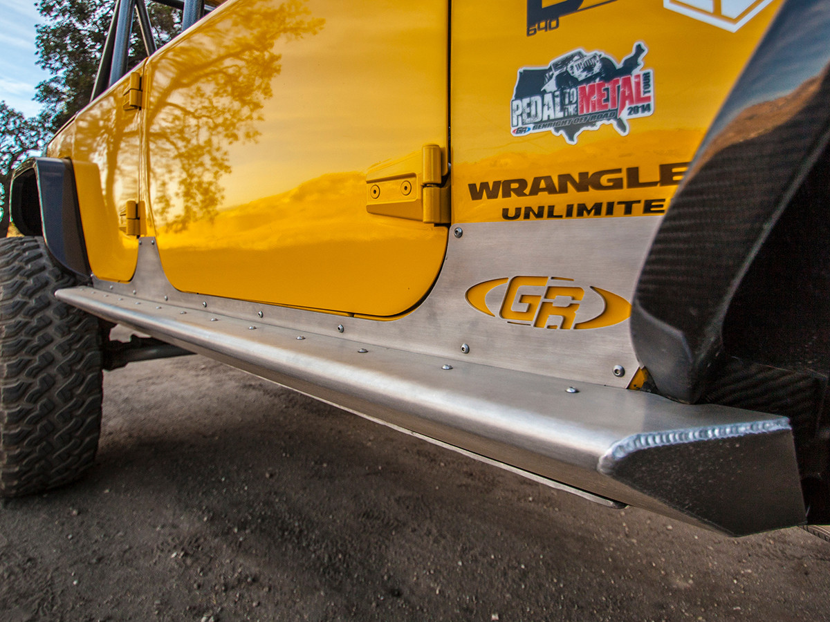GenRight 4 Door Jeep JK Rocker Guards go all the way under the flares
