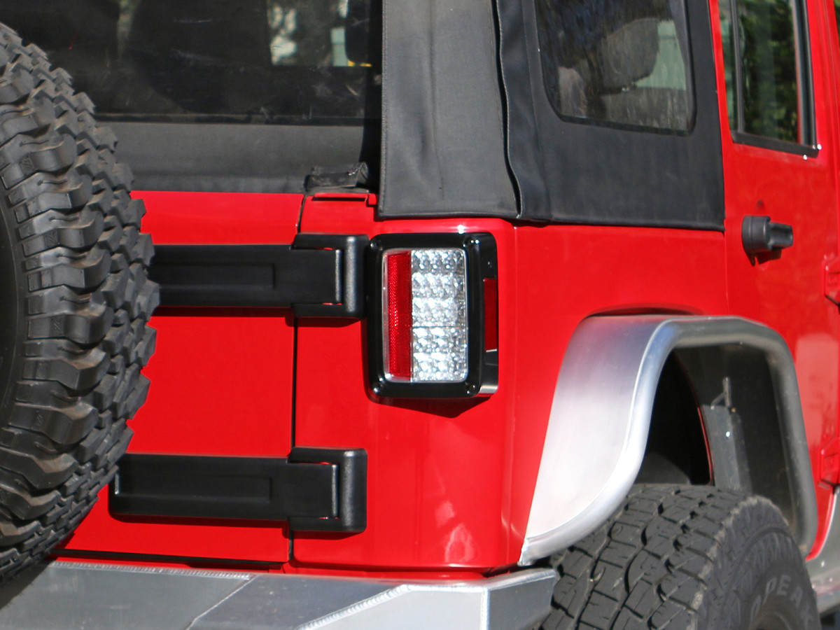 Spyder Auto Jk Led Tail Lights In Chrome Clear