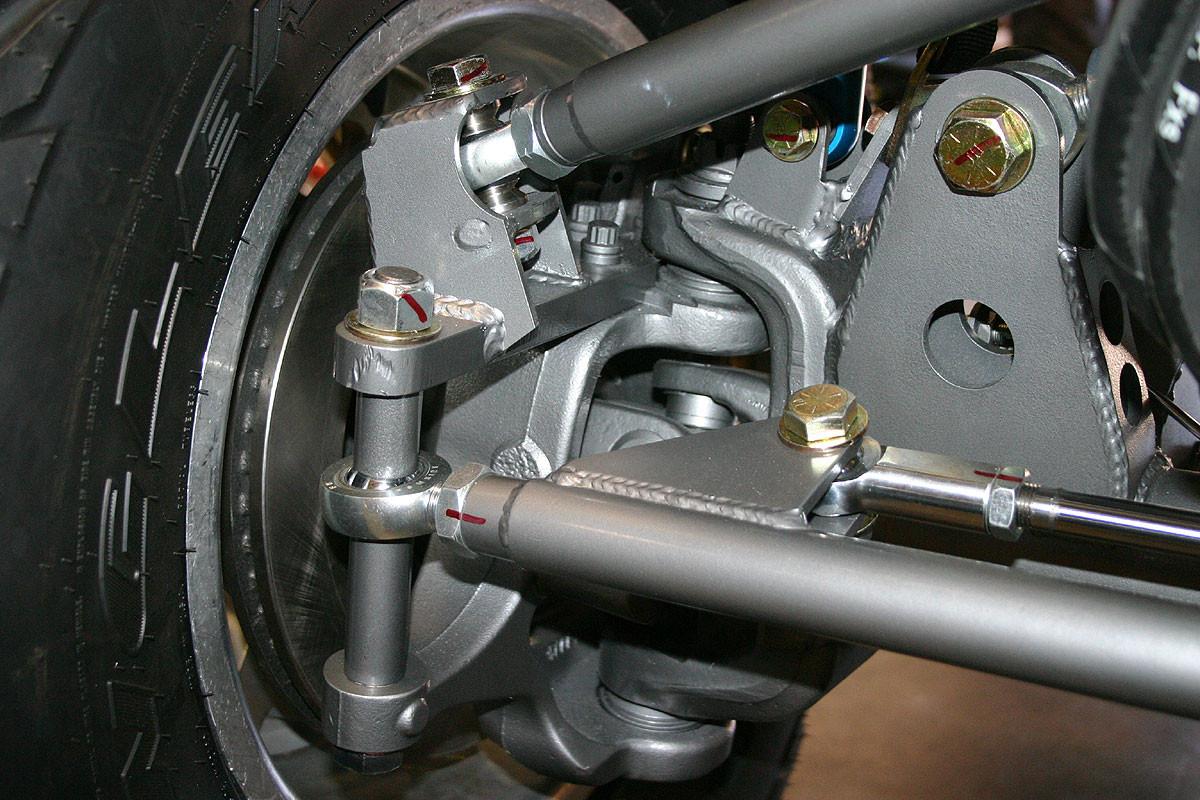 Closeup of mount on hi-steer arm