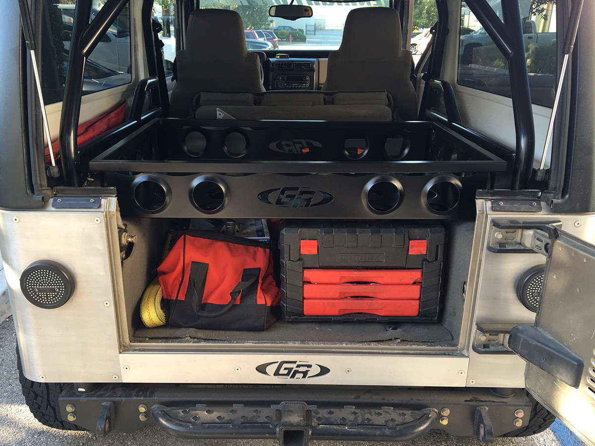 Installed on a Jeep LJ with a GenRight Roll Cage