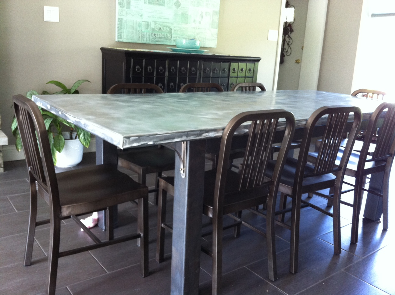 diy-dining-room-zinc-table-16388627425-o.jpg