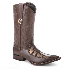 You won't find a pair as unique as these cowboy boots from Wild West. Made of genuine tiger stingray skin, these boots in brown have a classy 3x-toe profile.