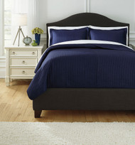 Raleda Navy Queen Coverlet Set