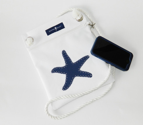 Waterproof fabric keeps your valuables dry!