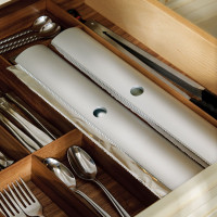 Hafele-Fineline-Kitchen-and-Plate-Organizer---Roll-Holder--556.91.650-pic1