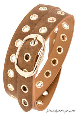Camel Cut Out Belt